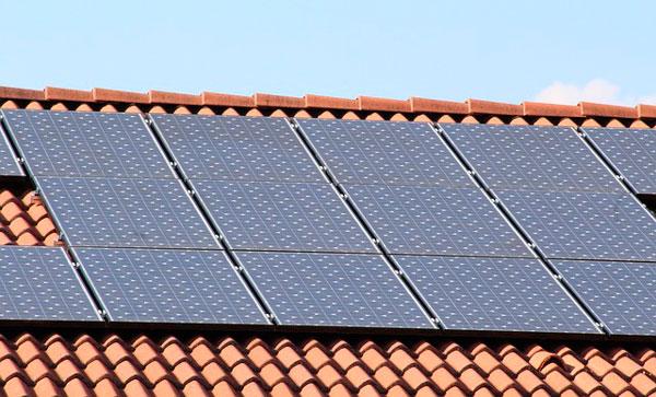 paneles solares para comunidades